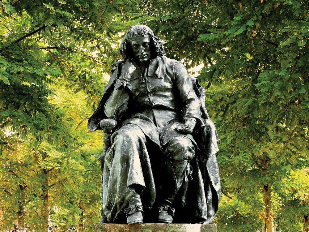 Spinoza_standbeeld